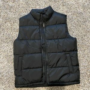 Girls old navy puffer vest size 8